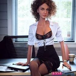 Virginie la sexdoll secrétaire aguicheuse 166cm C-cup DollsFrance