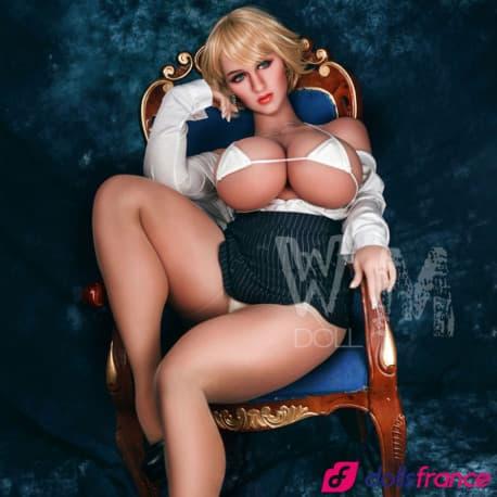 Poupée sexuelle Carmen en secrétaire salope 156cm Mcup WMdolls