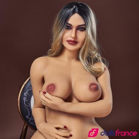 La sexdoll forte et mature Monica 156cm IronTech