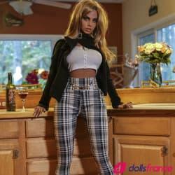 Mademoiselle Rania la grande poupée sexuelle 170cm YLdoll