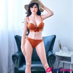 Sex doll Sarah touriste sexy et coquine 159cm IronTech
