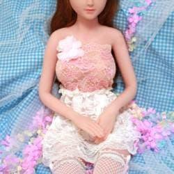 Ensemble en dentelle pour mini dolls