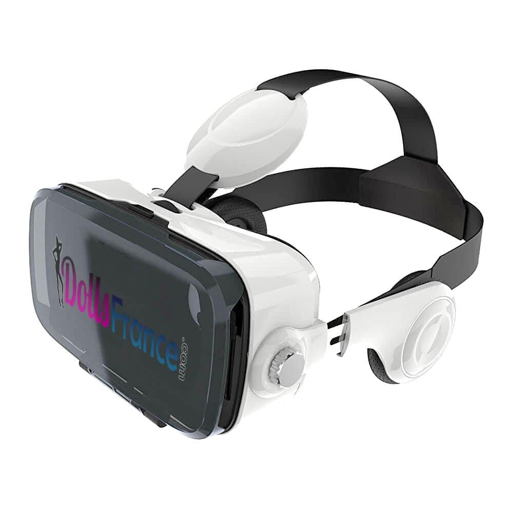 Casque de réalité virtuelle gratuit avec une poupée