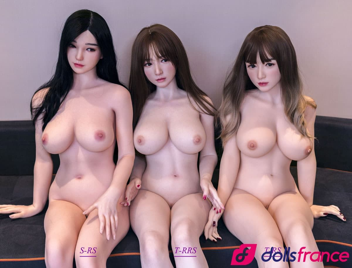 Comparer sexdoll Top Sino Standard RS & Extreme version RRS maquillage