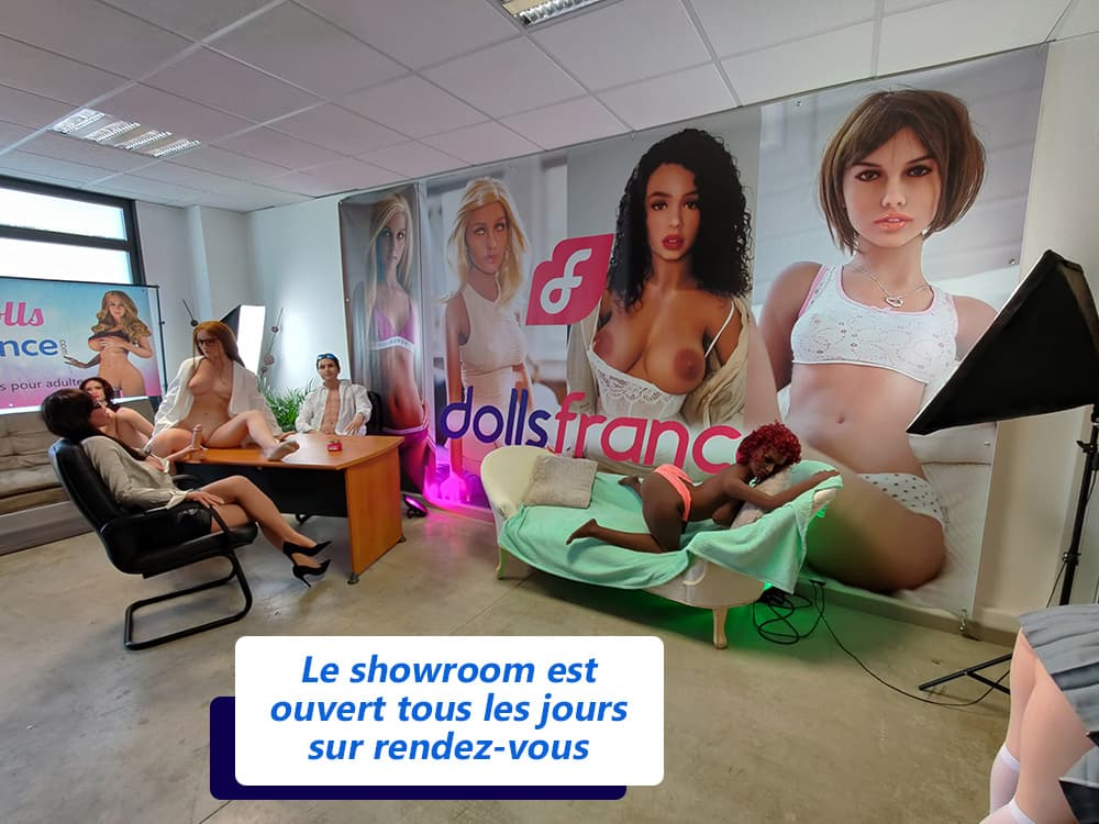 exposition de poupées sexuelles Paris Dolls France