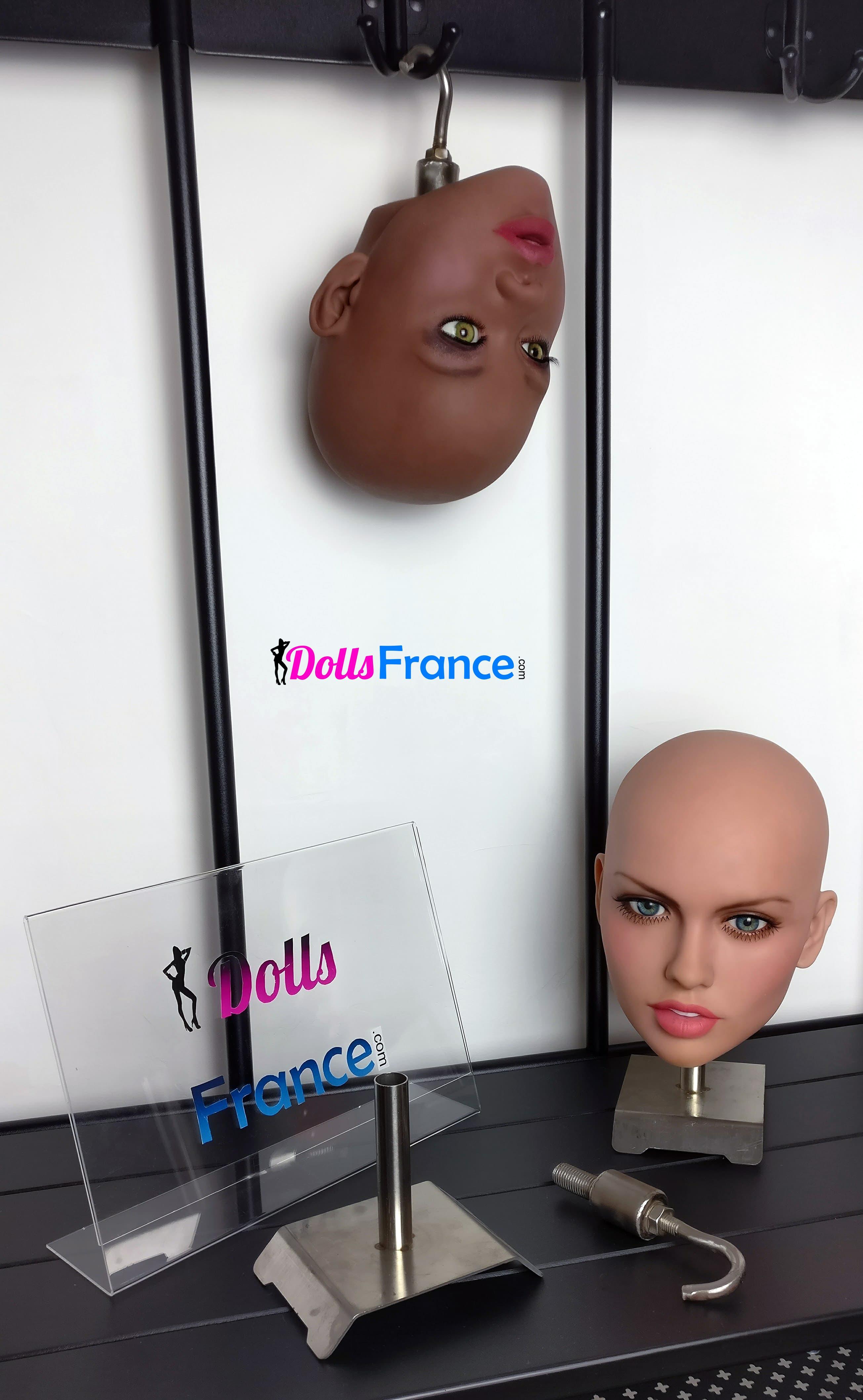 crochet pour suspendre tete ou corps de poupée