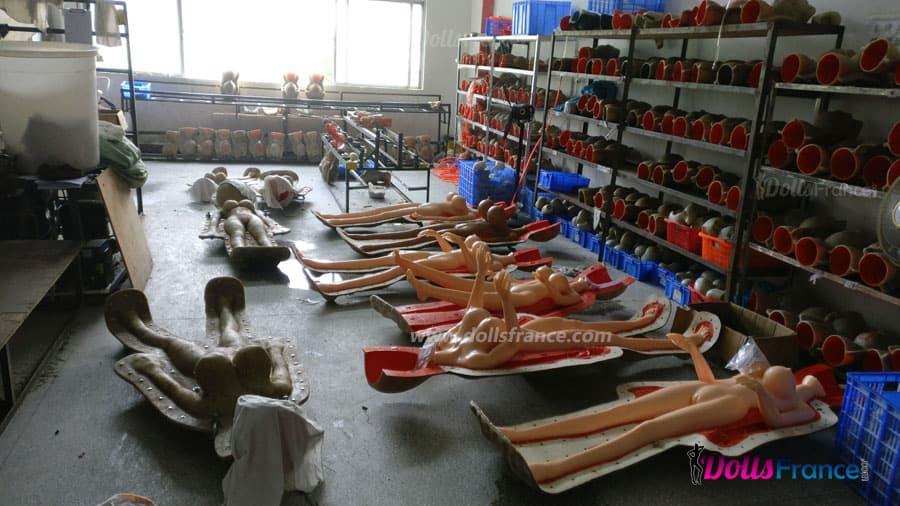 Démoulage de poupée sexuelle chinoise dolls france