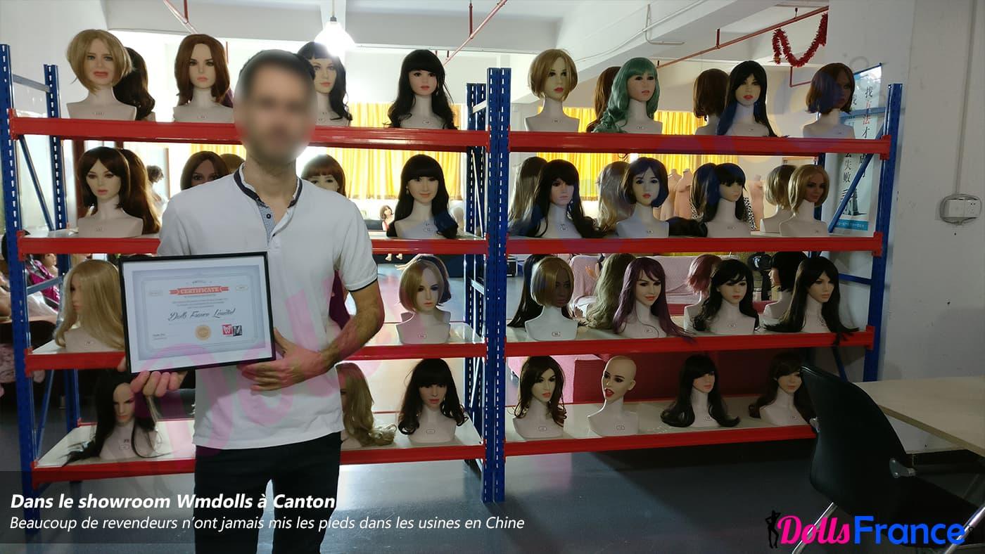 Dolls France dans les bureaux WMdolls en Chine